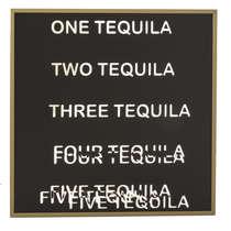 Espelho Decorativo - Tequila - Moldura Dourada - Fundo preto