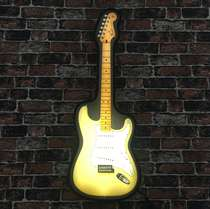 Luminoso Fender Stratocaster Buttercream 1954