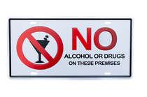 Placa Metal Vintage - No Alcohol or Drugs