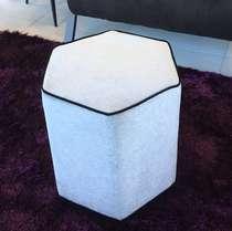 Pufe  Liso - Hexagonal - Linha Exclusiva Coisas de Boteco