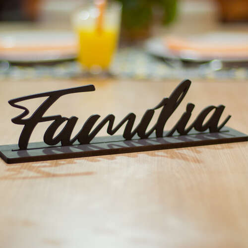 Palavra Decorativa com base  -  Família